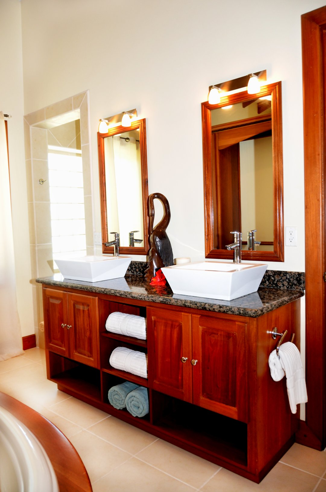 2 bedroom penthouse 231 pelican the villas at cocoplum Maximum occupancy for 2 bedroom apartment